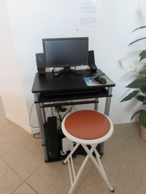 Vacation Rental Computer Station